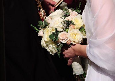 Νυφική ανθοδέσμη με τριαντάφυλλα
