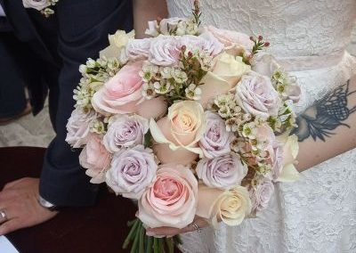 vintage bridal bouquet-min